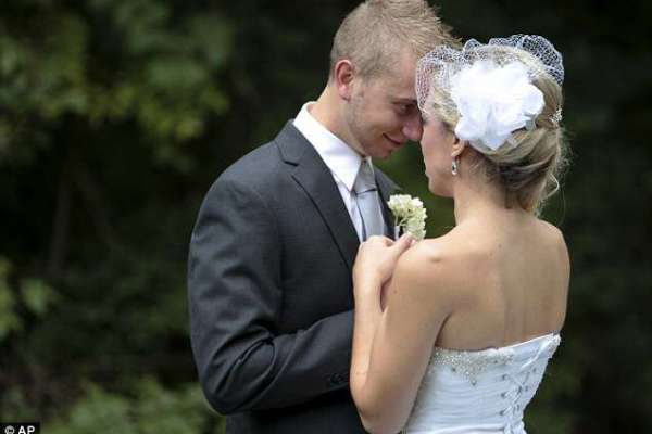 Kidney Donor Couple Gets Married