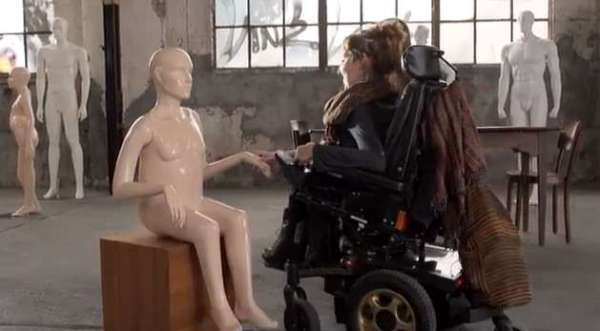 'Disabled' Mannequins Remind Us That Beautiful Doesn't Mean 'Perfect'