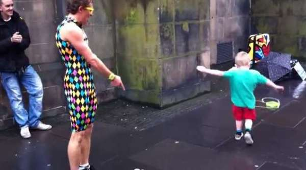 Street Performer Gets Showed Up by This Little Man