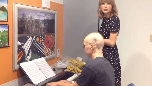 Taylor Swift And Leukemia Patient