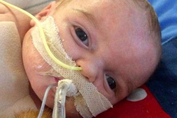 baby needing heart transplant