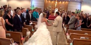 father sings to daughter wedding