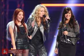 """A Musical Girl Group Won Over the Judges On Voice Holland With A Cover Of """"Emotion"""""""