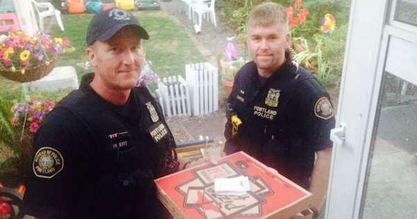 portland policemen finish pizza route