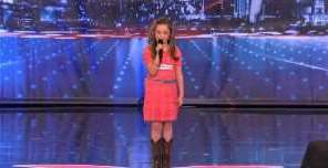 A Little Girl That Sings Like Carrie Underwood