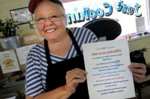 Restaurant Owner Puts God In Charge Of Her Restaurant
