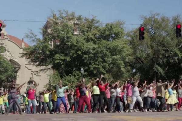 every-praise-flash-mob