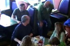 Strangers Come To Aid Of Autistic Child Being Bullied By People In Restaurant