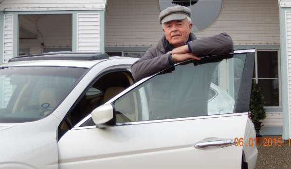 don-mcintyre-and-car