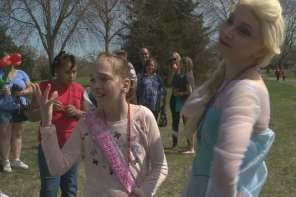 300 Strangers Attend Birthday Party For Little Girl