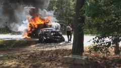 Off Duty Army Captain Rescues Man In Fiery Car Crash With His Military Training