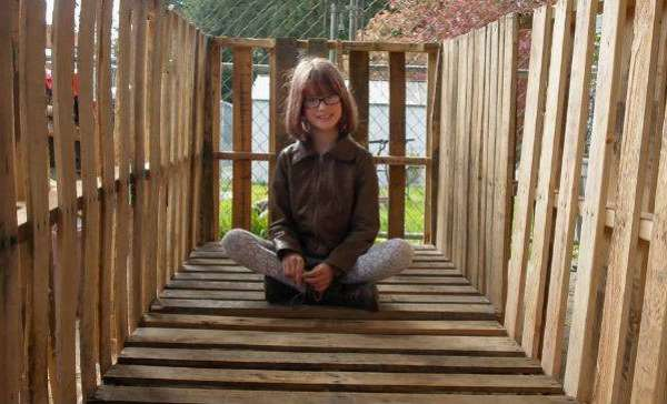 nine year old builds homeless shelter