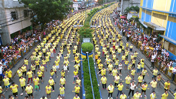 Largest Zumba Class Ever Is In The Philippines