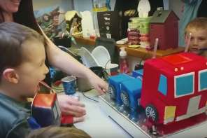 Parents Make Amazing Transformers Birthday Cake For Child