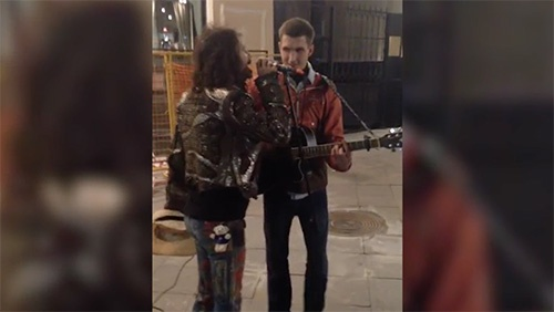 steven tyler street musician