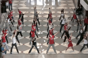 Amazing Don't Stop Believing Flash Mob