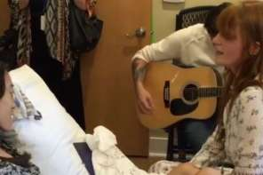 Florence And The Machine Plays For A Woman In Hospice Care