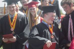 First Setuplets To Graduate From High School