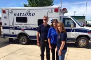 An Ambulance Crew Gets A Gift But Decides To Pay It Forward In An Amazing Way For The Entire Community