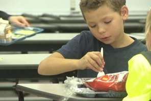 Good Samaritan Pays For 89 School Lunches