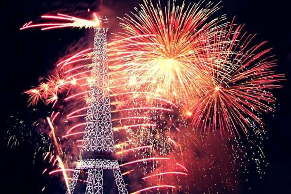 fireworks-live