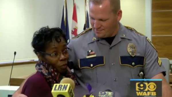 woman saves cop's life