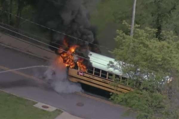 good samaritan rescues kids from burning school bus