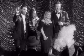 The Voice Coaches Do An Old Fashioned Las Vegas Concert