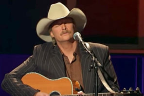 "Alan Jackson Sings ""How Great Thou Art"""