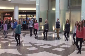 Irish Flash Mob Takes Over Airport In Essex