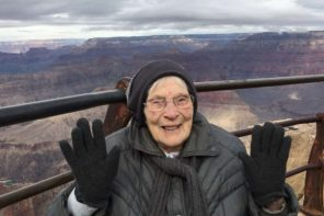103 Year Old Sworn In As Junior Ranger At Grand Canyon's 100th Anniversary