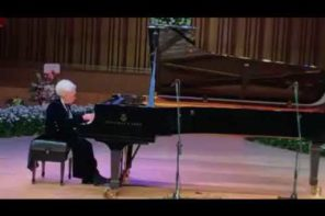 100 Year Old Pianist Plays Chopin