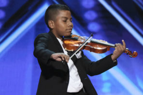 Simon Hits The Golden Buzzer For This Amazing Child