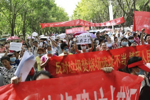 Protests  Spread To Mainland China