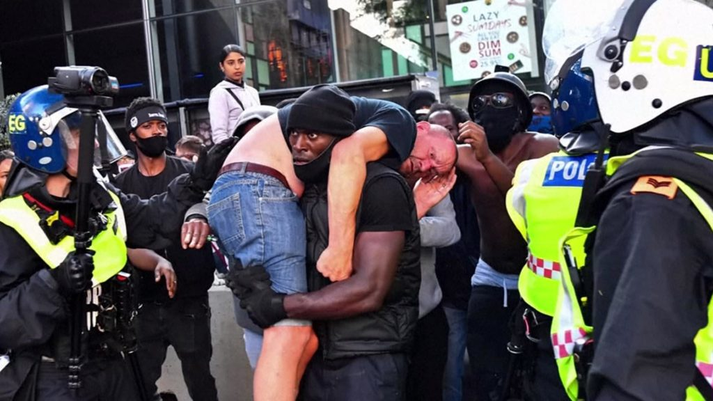 White Man Rescued By Black Lives Matter Protester