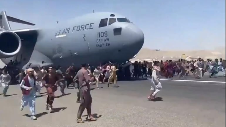Globemaster Airlifts People From The Fall Of Afghanistan